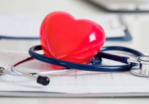 O aumento de ácido úrico no sangue pode prejudicar o coração?